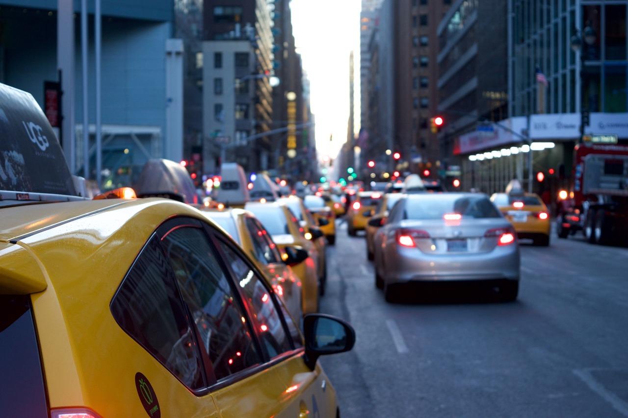 計程車車資計費試算 行車時間 路線顯示 台灣大車隊 網路叫車系統